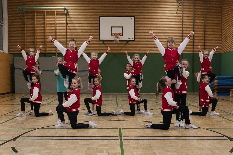 "Mini-Angels der Magdeburger Cheerleader-Formation ""Guardian Angels"""
