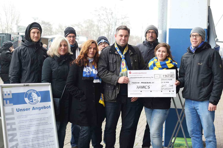 Mitglieder der Fanhilfe Magdeburg